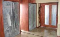 Swing door / glass