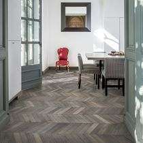 Chevron wood flooring / engineered / glued / oak
