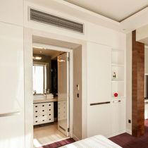 Ceiling air conditioner / duct / built-in / split