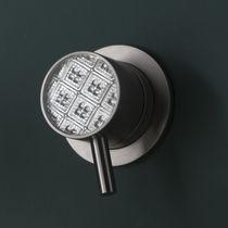 Washbasin mixer tap / shower / bathtub / wall-mounted