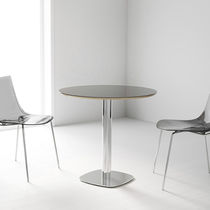 Contemporary table / metal / round / 100% recyclable