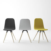 Scandinavian design chair / fabric / wooden
