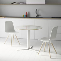 Design dining table / wooden / metal / round