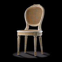 Medallion chair / Louis XVI style / wooden