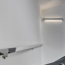 Contemporary wall light / brushed stainless steel / extruded aluminum / LED