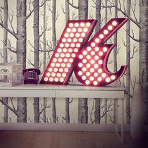 Floor-standing lamp / original design / aluminum / red
