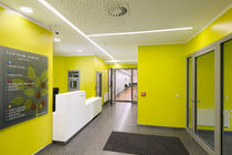 Recessed ceiling light fixture / LED / linear / aluminum