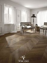 Engineered parquet flooring / glued / oak / waxed