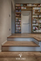 Straight staircase / wooden steps / wooden frame / with risers
