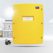 Inverter for PV applications / with built-in battery