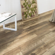 HDF laminate flooring / floating / wood look / commercial