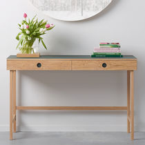 Oak desk / MDF / contemporary