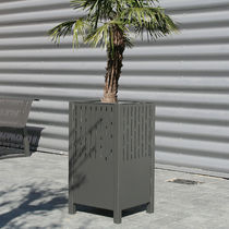 Steel planter / square / contemporary / for public spaces