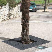 Steel tree grate / square