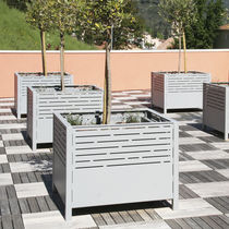 Steel planter / square / contemporary / for public areas