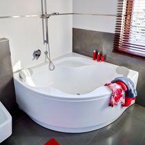 Corner bathtub / acrylic