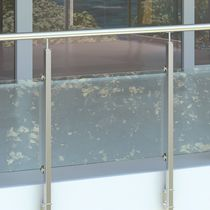 Outdoor railing / glass / steel / with panels