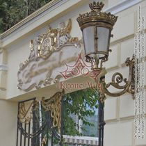 Classic wall light / outdoor / cast iron / pathway