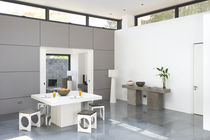 Contemporary dining table / concrete / square