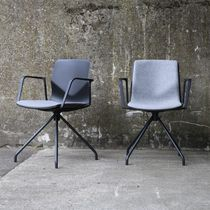 Contemporary visitor chair / upholstered / polypropylene