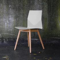 Contemporary office chair / upholstered / recyclable / oak
