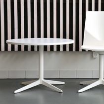 Contemporary table / laminate / aluminum / round