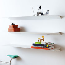 Wall-mounted shelf / contemporary / aluminum