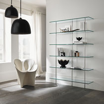 Wall-mounted shelf / contemporary / glass / metal
