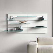 Wall-mounted mirror / contemporary / rectangular / with shelf
