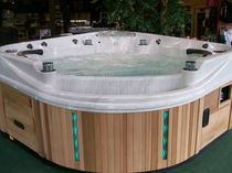 Portable hot tub / corner / 8-seater