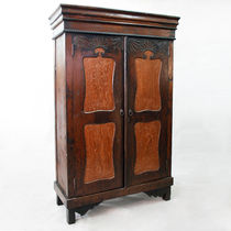 Classic wardrobe / wooden / with swing doors