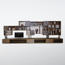 Wall-mounted shelf / contemporary / wooden