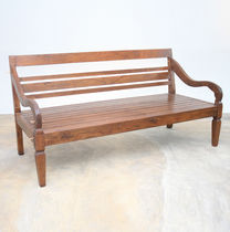 Traditional bench / wooden / with backrest / with armrests