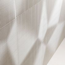 Wall tile / marble / natural stone / patterned