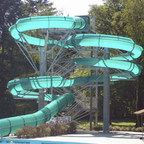 Curved slide / for water parks