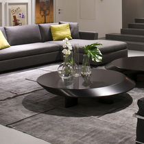 Contemporary coffee table / lacquered wood / oval / by Charlotte Perriand