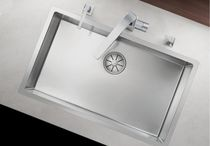 Single-bowl kitchen sink / stainless steel / deep