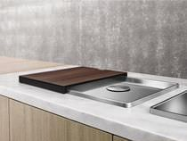 Single-bowl kitchen sink / stainless steel