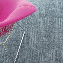 Carpet tile / loop pile / structured / polyamide