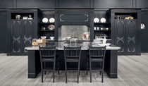 Traditional kitchen / solid wood / wooden / island