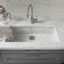 Single-bowl kitchen sink / marble