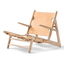 Scandinavian design lounge chair / oak / leather / indoor