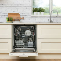 Front-loading dishwasher / built-in / energy-efficient