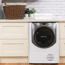 Condenser dryer / free-standing