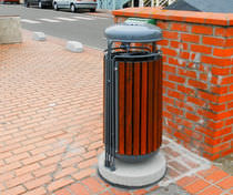 Public trash can / wooden / with built-in ashtray / contemporary
