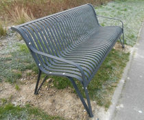 Public bench / traditional / metal / with backrest