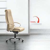 Contemporary executive chair / leather / metal / on casters