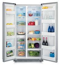 Residential refrigerator-freezer / American / stainless steel / built-in