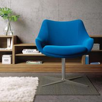 Contemporary visitor armchair / fabric / leather / central base