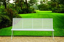 Public bench / contemporary / metal / with armrests